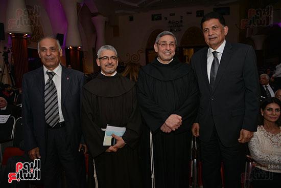 احتفالية يوم العطاء بالمركز الكاثوليكى (3)