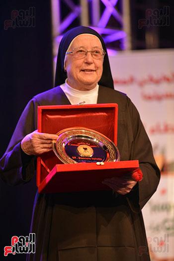 احتفالية يوم العطاء بالمركز الكاثوليكى (27)