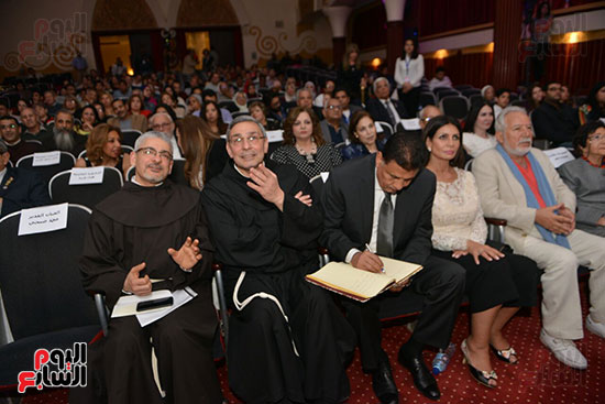 احتفالية يوم العطاء بالمركز الكاثوليكى (4)