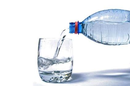 شرب الماء لعلاج روماتويد اليد