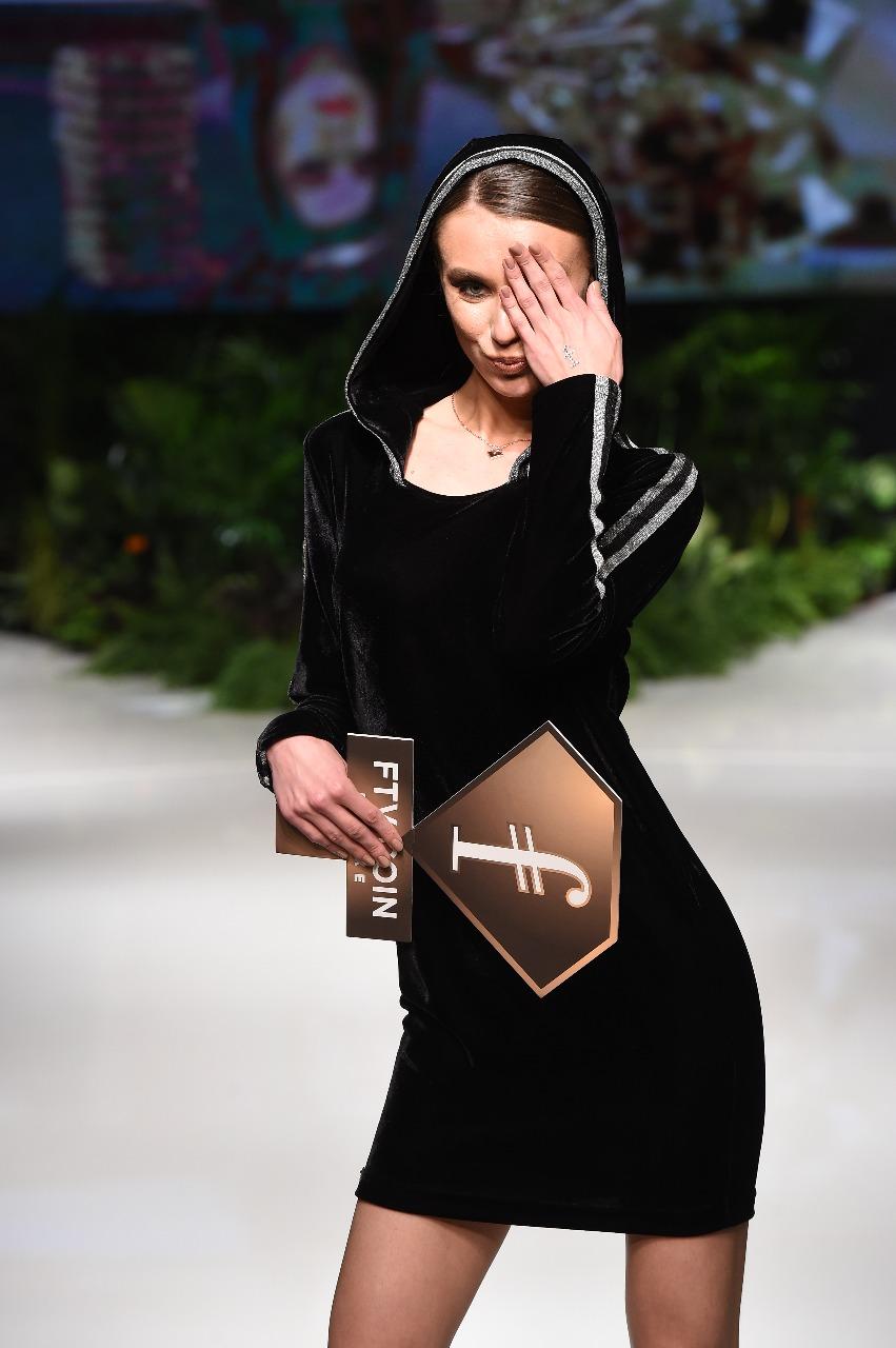 عروض أزياء (3)