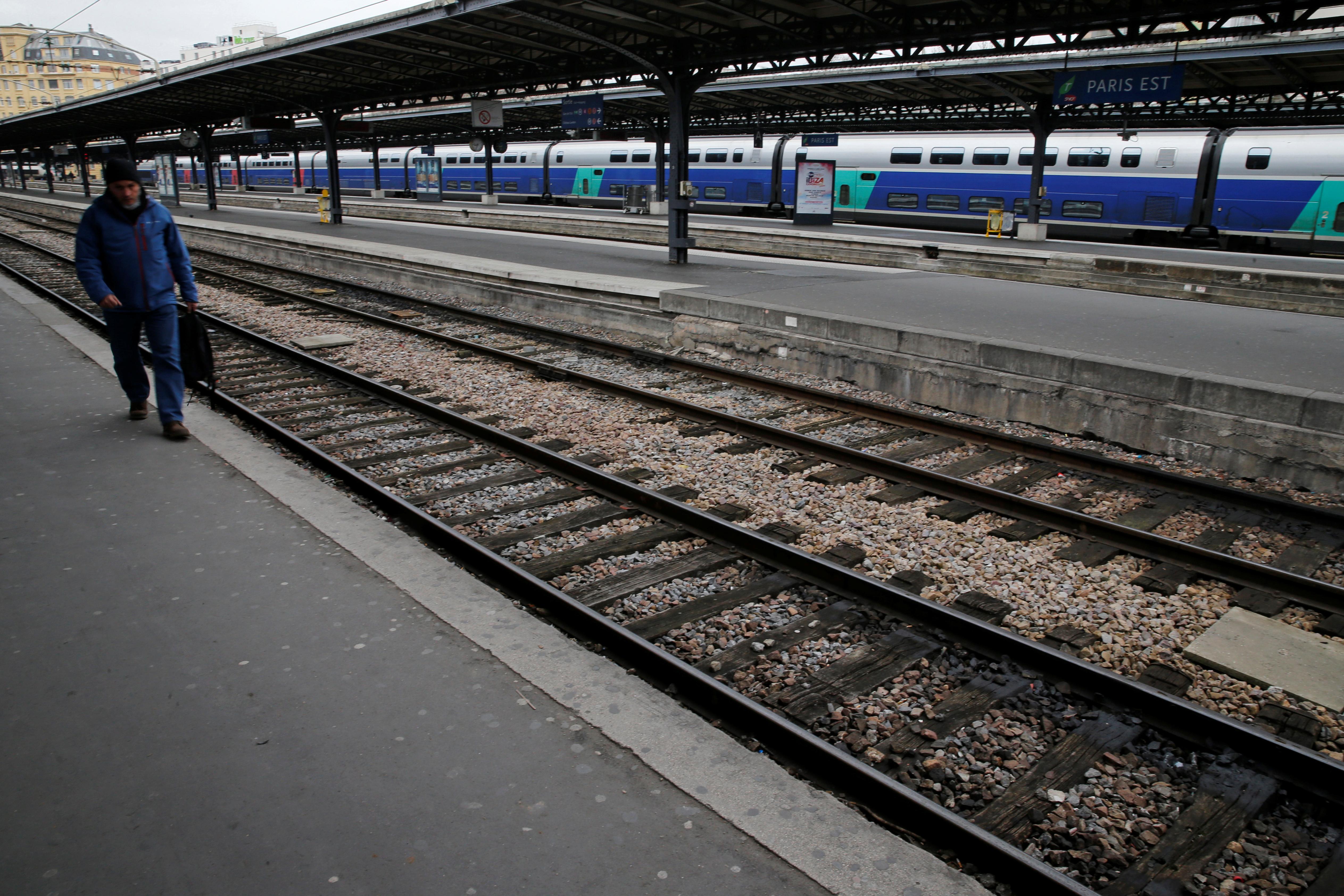 توقف حركة القطارات فى فرنسا