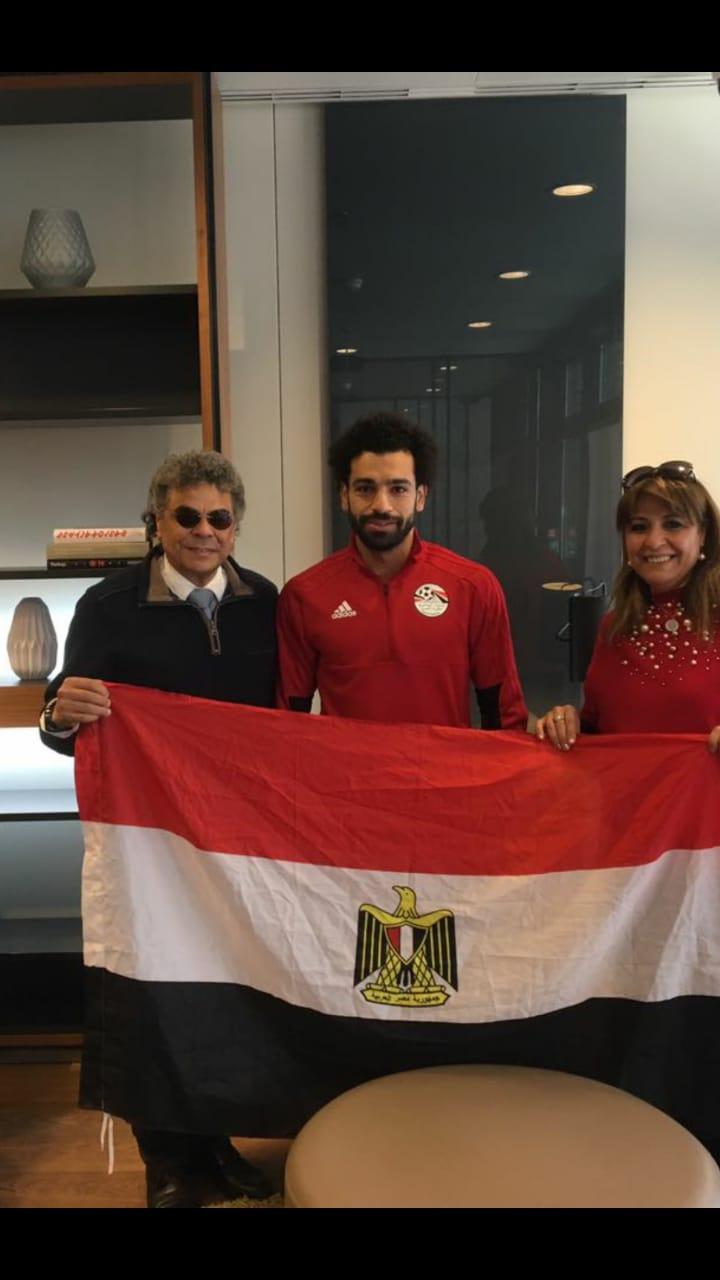 الجاليات المصرية تلتقى محمد صلاح (2)