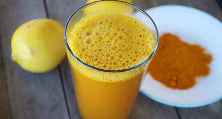 الكركم والليمون له فوائد عديدة