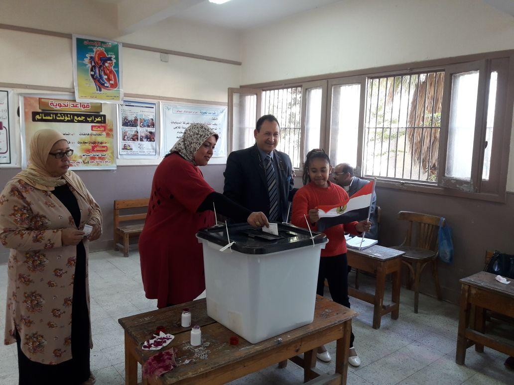 مستقبل وطن يحشد الناخبين بـمنشأة القناطر (5)
