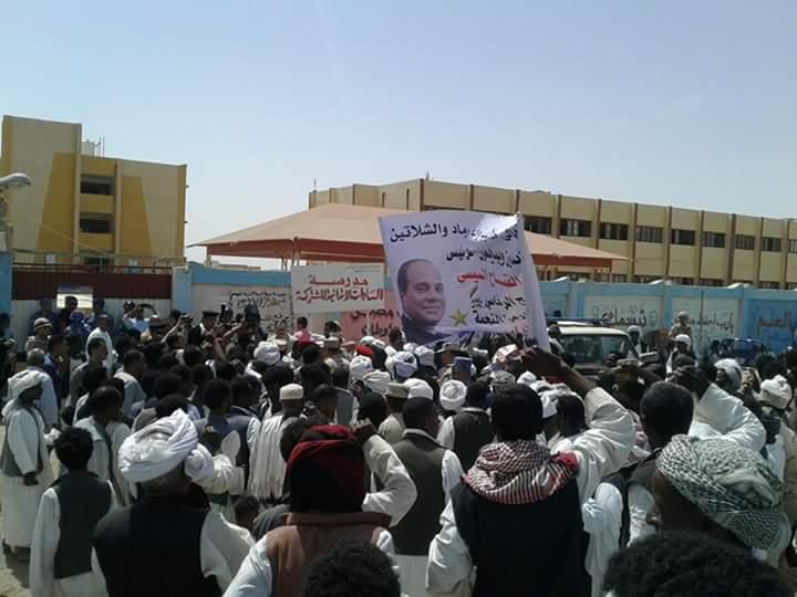 اقبال رجال شلاتين على اللجان الانتخابية