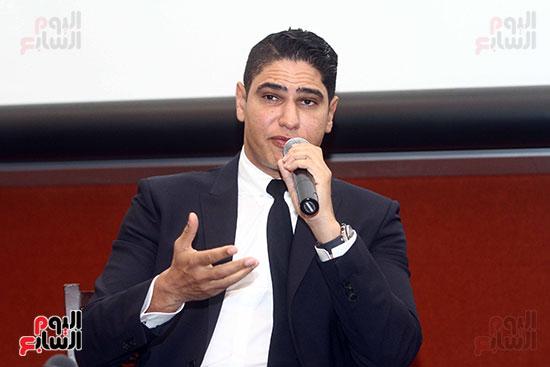 أبو هشيمة فى الجامعة الأمريكية (20)