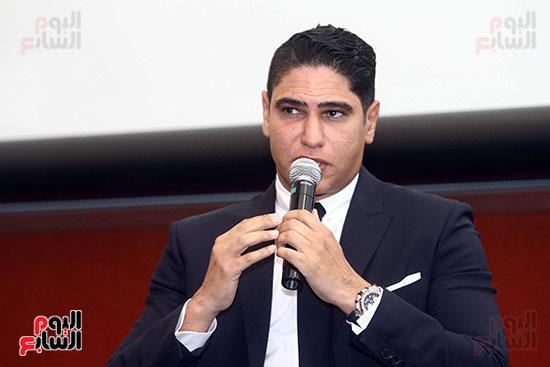 أبو هشيمة فى الجامعة الأمريكية (11)