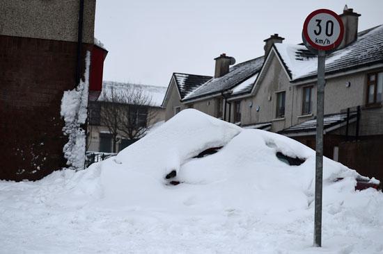 جانب من الثلوج فى أيرلندا