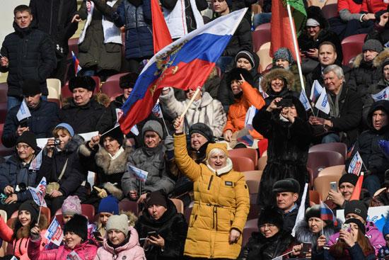 •مواطنون روس يدعمون بوتين للانتخابات القادمة
