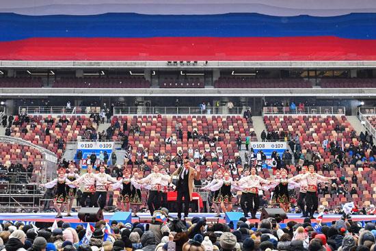 •مواطنو روسيا يدعمون بوتين