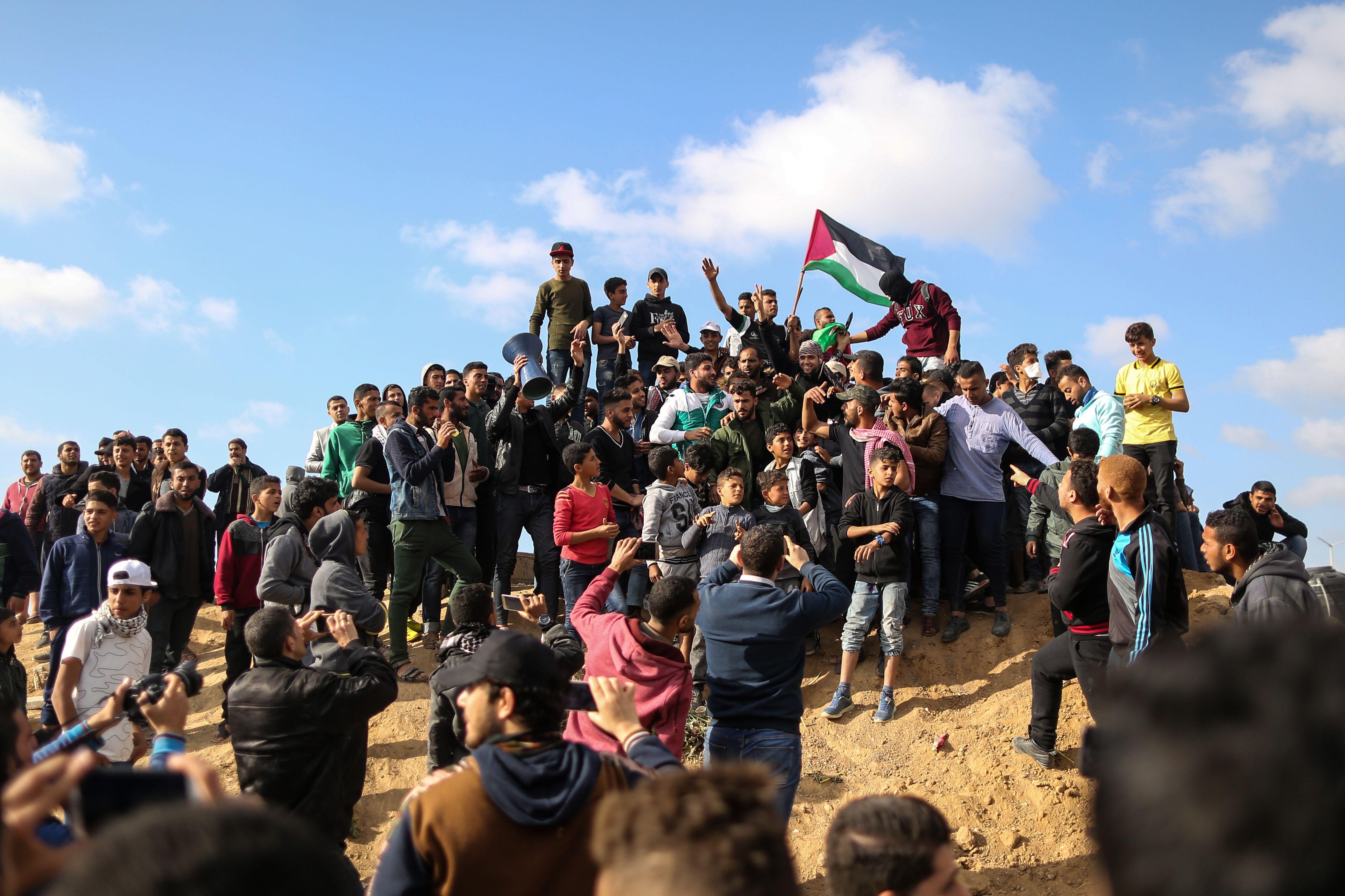 الاحتفال بيوم الأرض الفلسطينى