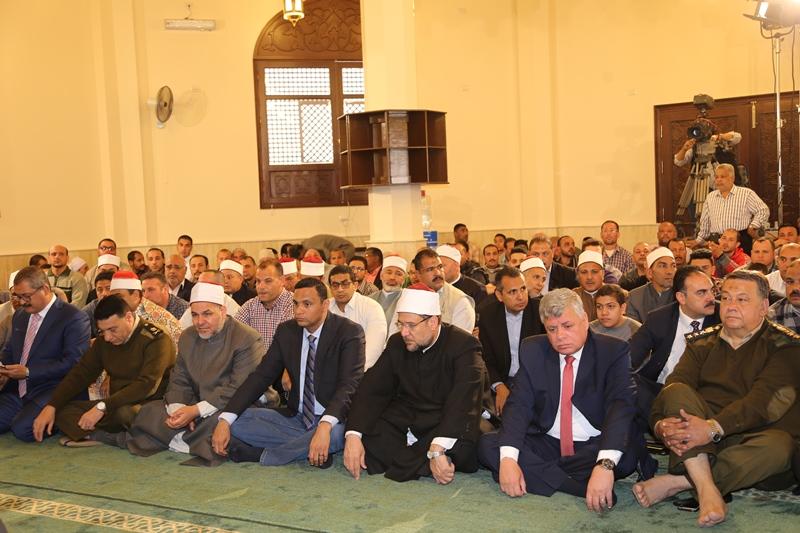 وزير الأوقاف ومدير أمن المنوفية يفتتحان مسجد الشهيد عفيفى