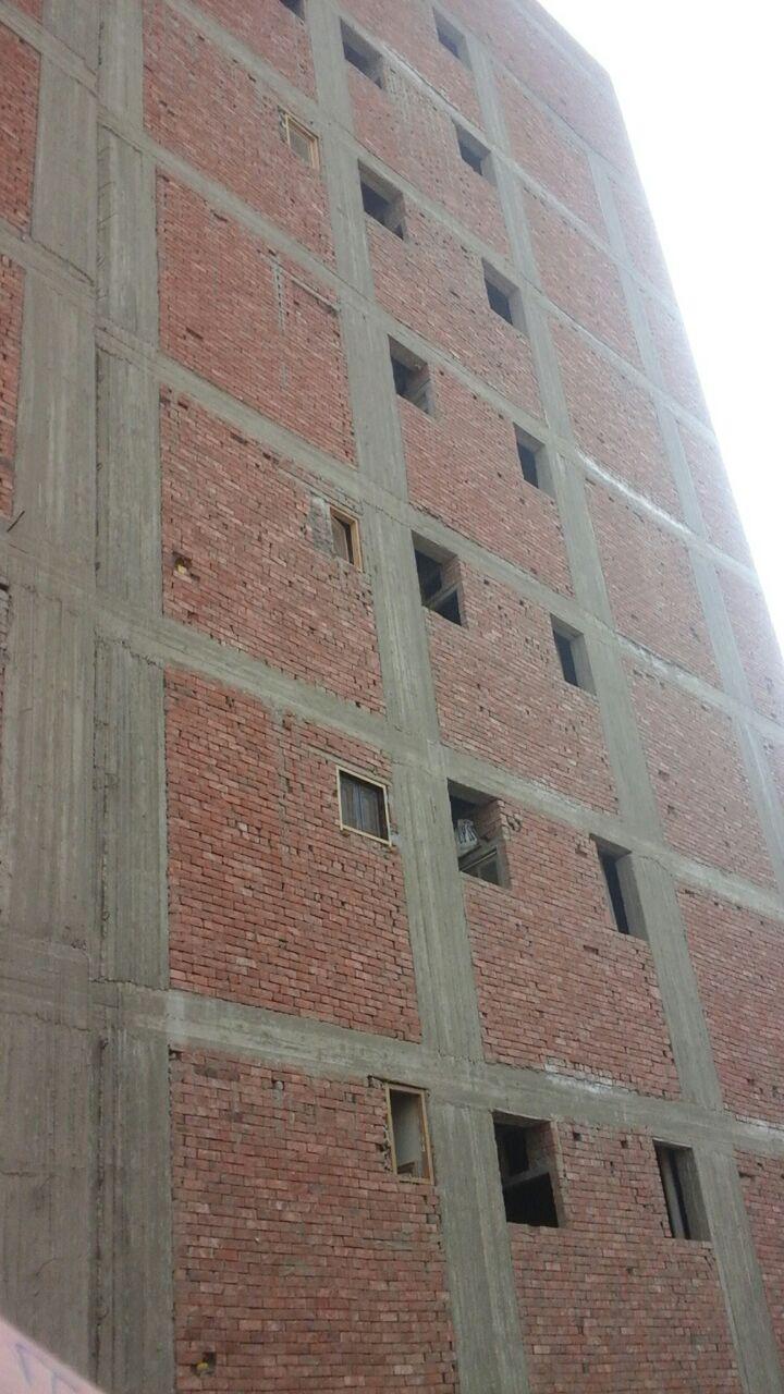 مبانى سكنية آيلة للسقوط (1)