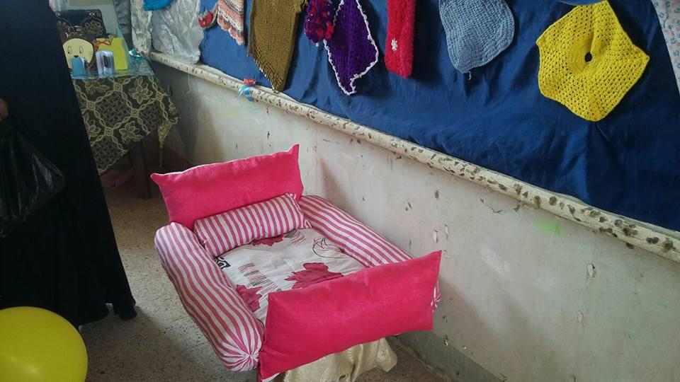 معرض للمشغولات اليدوية من خامات البيئة  بأنامل فتيات الأزهر  بأسوان  (6)