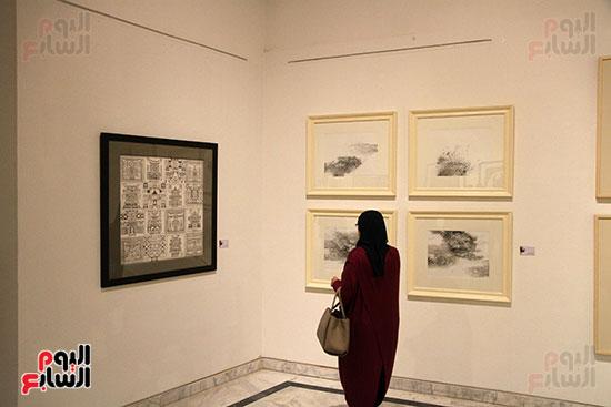 خالد سرورو يفتتح صالون القاهرة بقصر الفنون بالأوبرا (21)