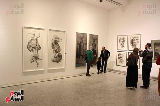 خالد سرورو يفتتح صالون القاهرة بقصر الفنون بالأوبرا (8)