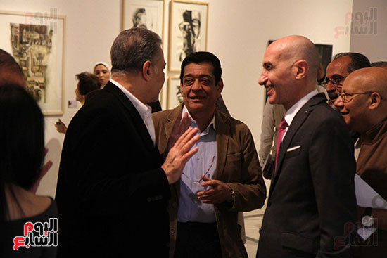 خالد سرورو يفتتح صالون القاهرة بقصر الفنون بالأوبرا (2)