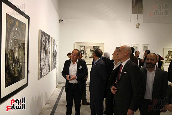 خالد سرورو يفتتح صالون القاهرة بقصر الفنون بالأوبرا (49)