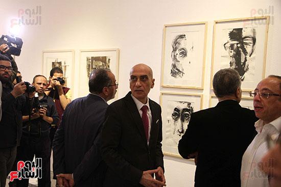 خالد سرورو يفتتح صالون القاهرة بقصر الفنون بالأوبرا (41)