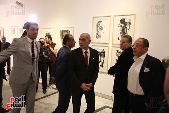 خالد سرورو يفتتح صالون القاهرة بقصر الفنون بالأوبرا (42)