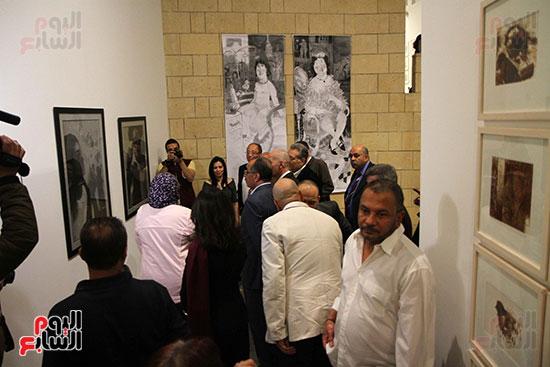 خالد سرورو يفتتح صالون القاهرة بقصر الفنون بالأوبرا (25)