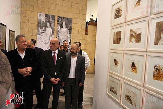 خالد سرورو يفتتح صالون القاهرة بقصر الفنون بالأوبرا (27)