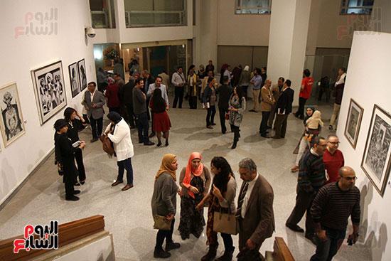 خالد سرورو يفتتح صالون القاهرة بقصر الفنون بالأوبرا (23)