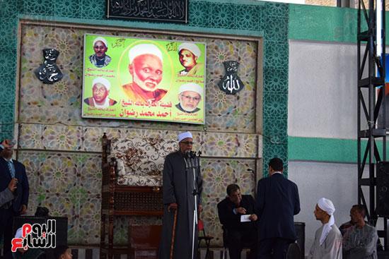 الشيخ زين العابدين رائد الساحة الرضوانية يعلن دعم الرئيس