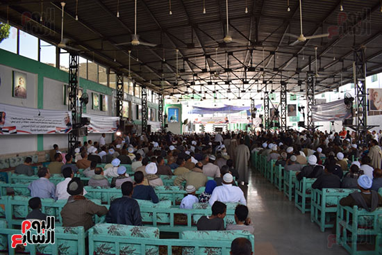 مؤتمر حاشد بالساحة الرضوانية لدعم الرئيس