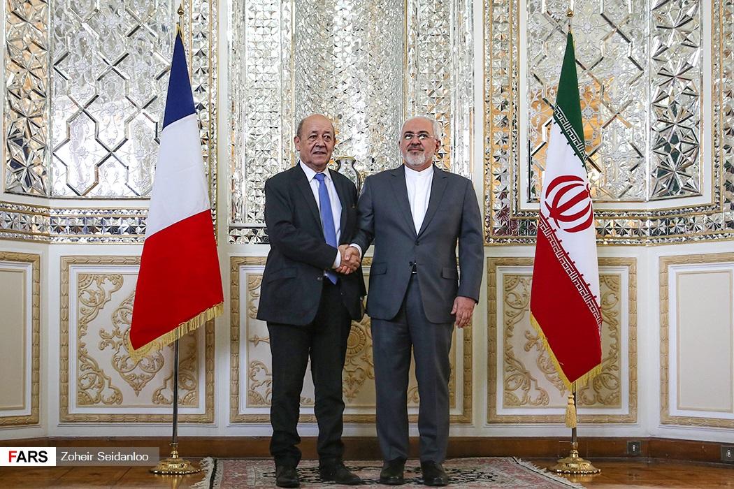لودريان مع نظيره الايرانى فى طهران