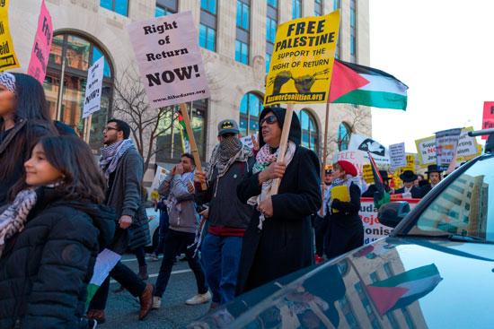 مواطنو أمريكا خلال التظاهرات