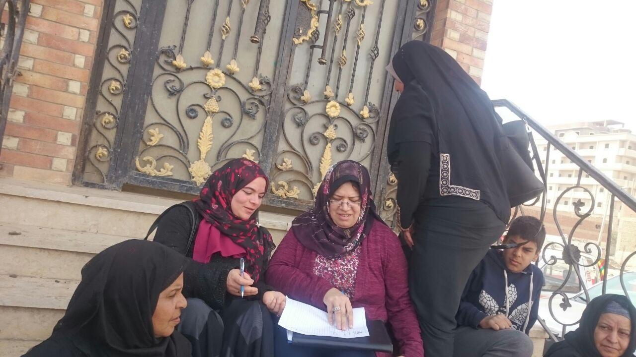 رقم 4نهي عبد المنعم رئيس الراائدات الريفيات بالشرقية وعضو المجلس