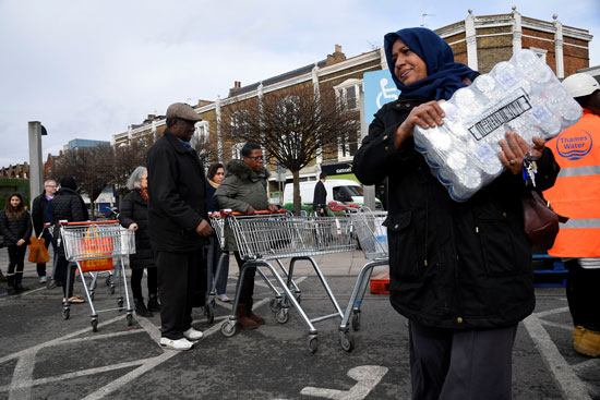 أزمة انقطاع المياه فى بريطانيا