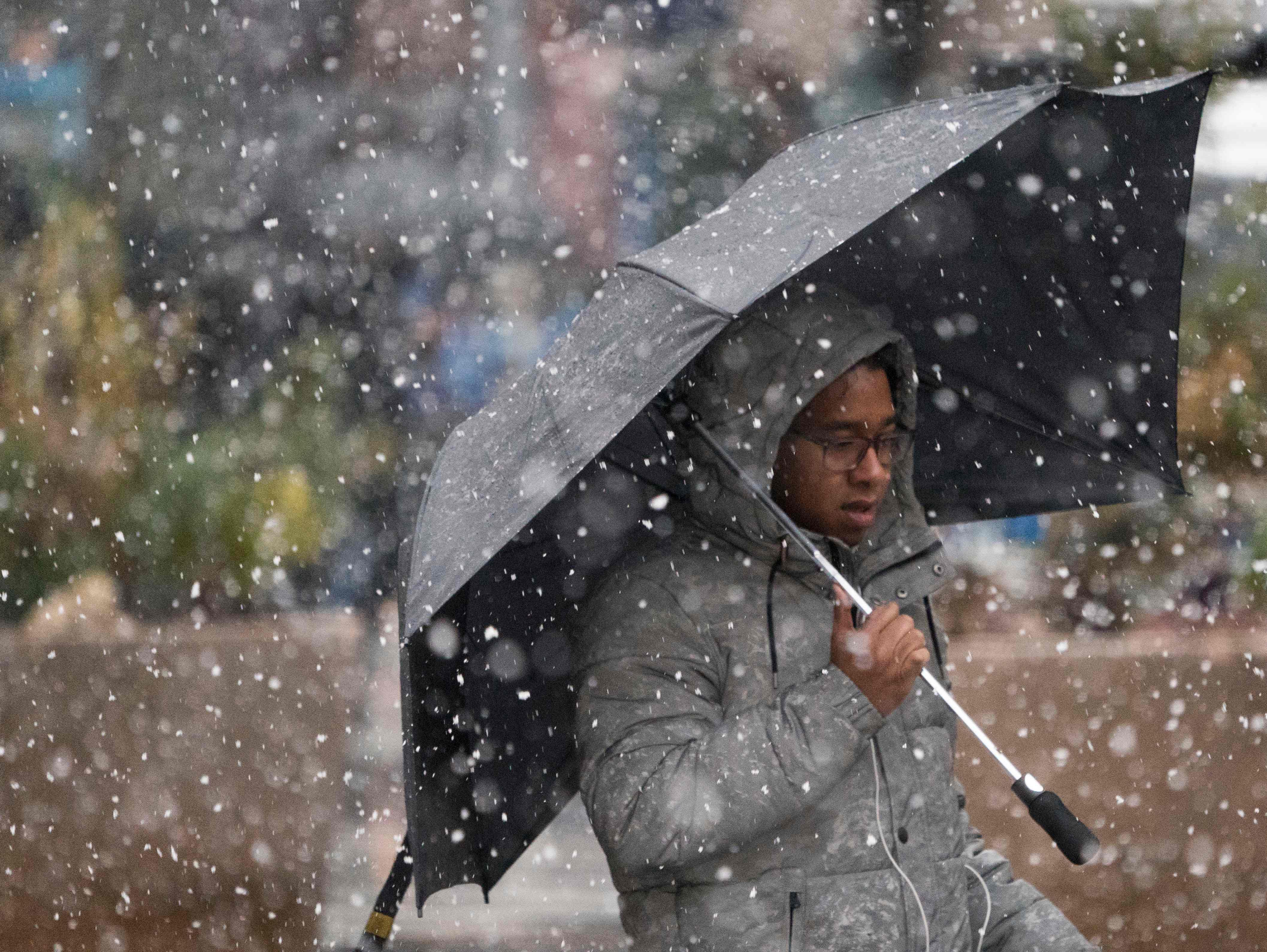 سقوط كثيف للأمطار فى نيويورك