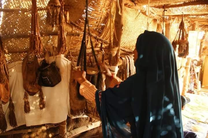 المرأة فى حلايب وشلاتين خلال عملها