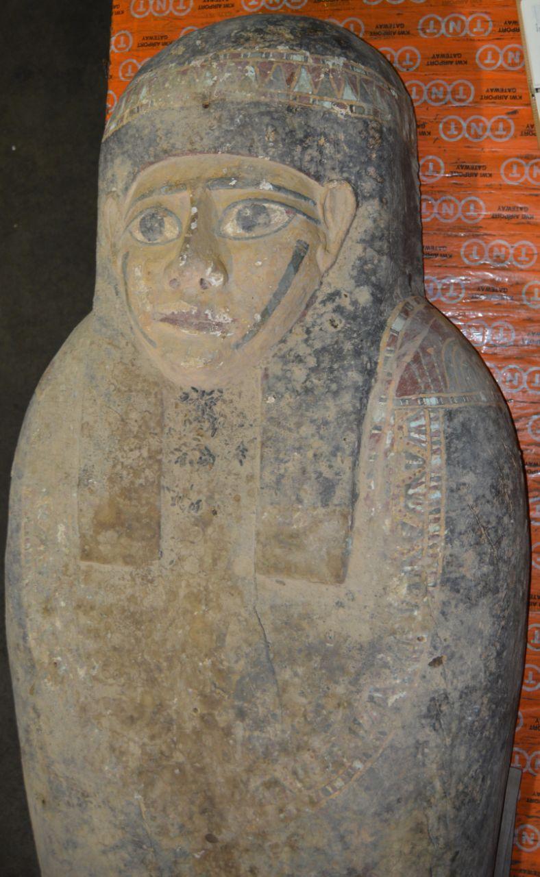 التمثال المصرى