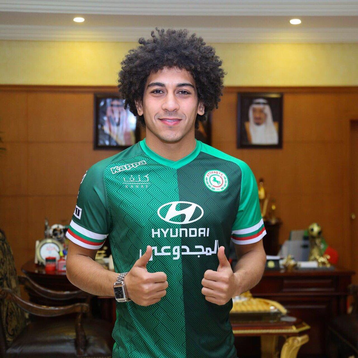 حسين السيد لاعب الاتفاق السعودى