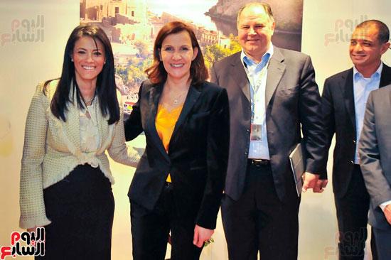 مصر تروج لمعالمها السياحية ببورصة برلين (9)