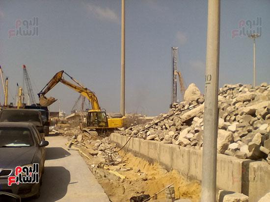 مشروع إنشاء جراج متعدد الطوابق بميناء الإسكندرية (10)