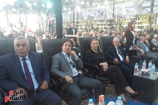 مؤتمر دعم السيسى فى الشرقيه (2)