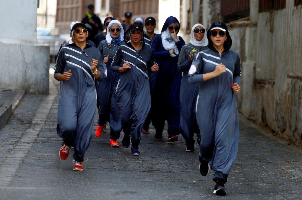 سعوديات يشاركن فى الماراثون