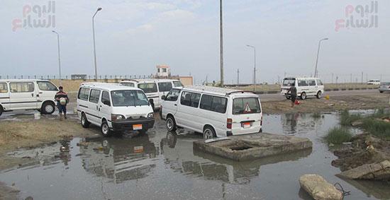 كارثة ... إستمرار غسيل السيارات وسط تجاهل المسئولين