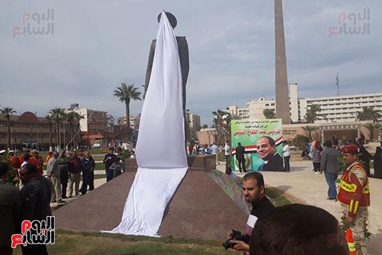 تمثال عبدالمنعم رياض يعود لبورسعيد (12)