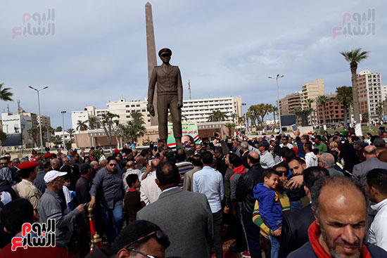 تمثال عبدالمنعم رياض يعود لبورسعيد (3)