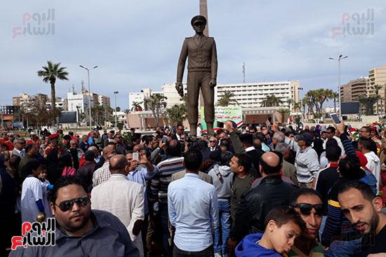 تمثال عبدالمنعم رياض يعود لبورسعيد (4)