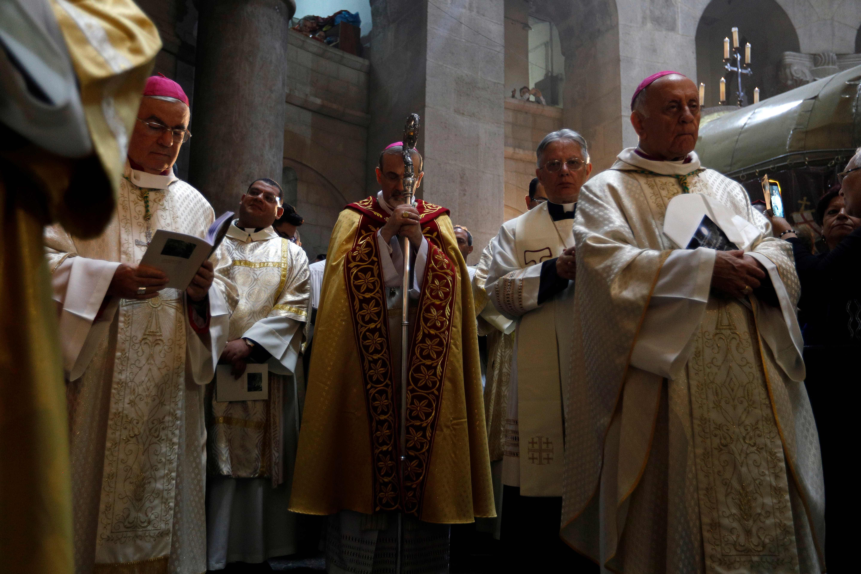احتفالات عيد الفصح فى كنيسة القيامة بالقدس