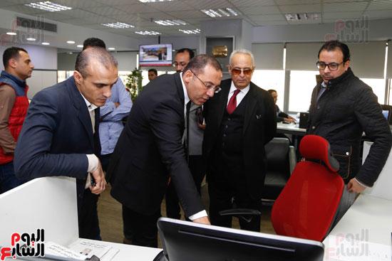 المستشار بهاء أبو شقة فى زيارة وندوة بـاليوم السابع (6)