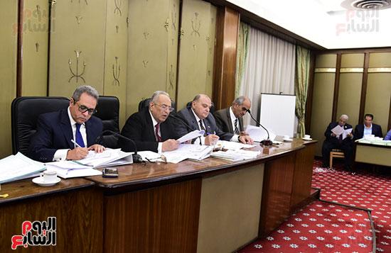 صور لجنة الشئون التشريعية والدستورية (9)