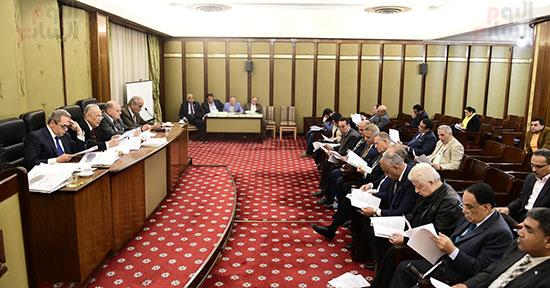 صور لجنة الشئون التشريعية والدستورية (12)